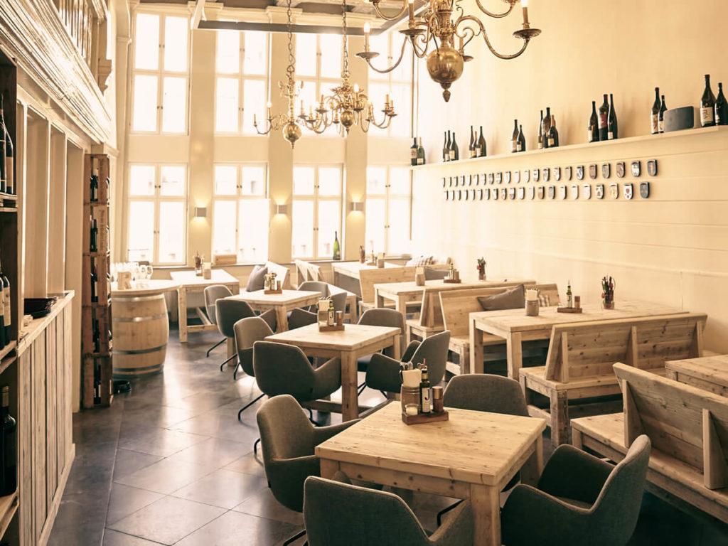 Weinbar & Gasthaus in der Hamburger Altstadt